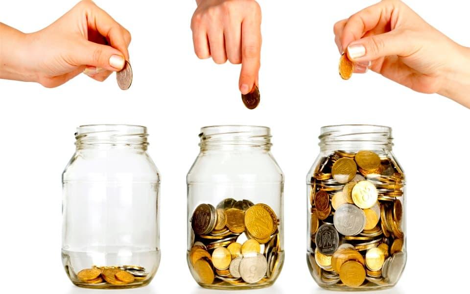 Почему у многих не получается копить деньги?