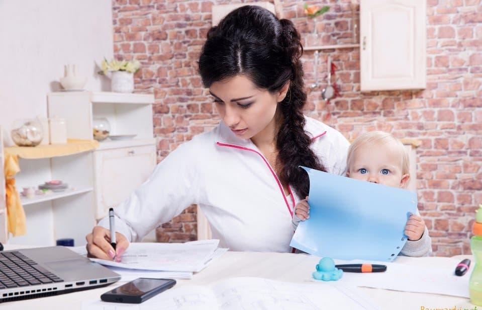 Как заработать в декрете — несколько советов для будущих мам