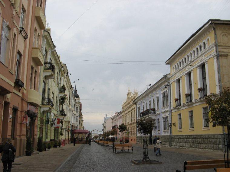 Бульвар в Черновцах